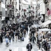 Obtener la residencia en España por Arraigo Social. Abogados de extranjería en inmigración en Madrid.